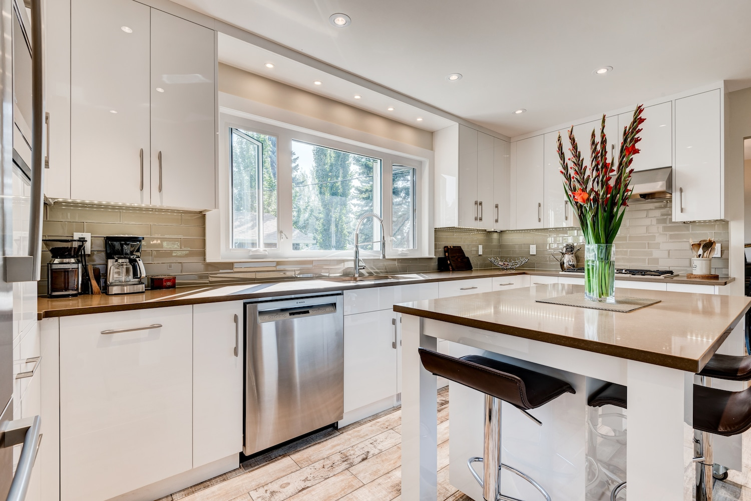 Calgary Kitchen Renovations | Custom Kitchens Designed For You ...